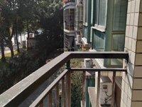 御景华庭 2楼 102方三房 简单装修 五年低税 不唯一 不用还贷 南北对流