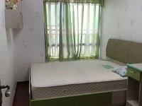实拍北江新城区御龙湾靓楼层小区门ロ配 幼儿园小区环境优美给你一个温馨的家