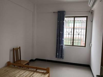出租其他小区2室1厅1卫80平米700元/月住宅