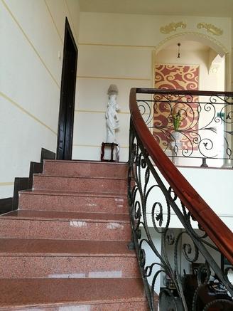 绿湖城市花园7楼步梯复式洋房 220方 豪华装修183万