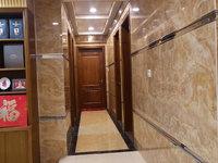 出售雅居乐花园4室2厅2卫205平米220万住宅