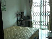 出租华景花苑3室2厅2卫140平米500元/月住宅