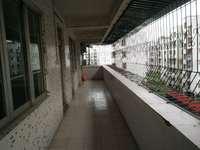出售九小区 3室2厅2卫130平米 送8方单车房 68万住宅